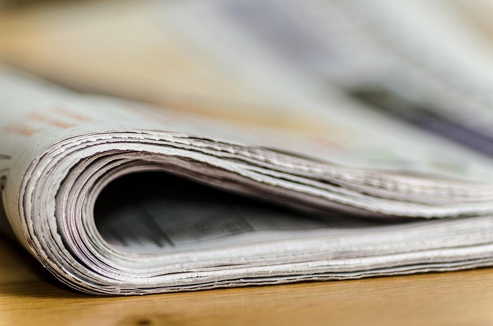Abbildung einer zusammengefalteten Zeitung